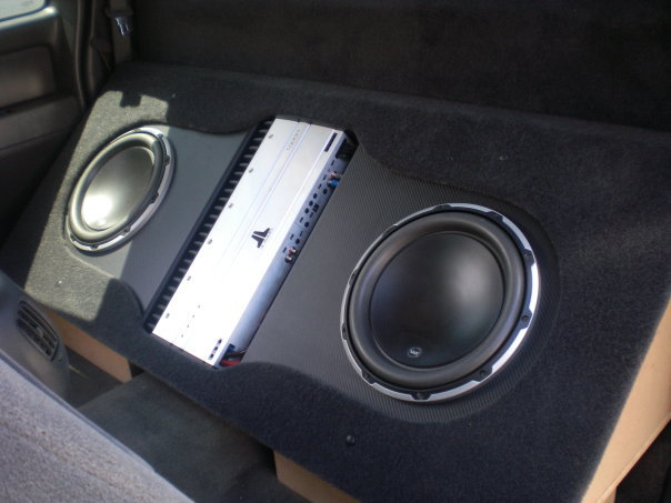 custom_truck_install_back_seat